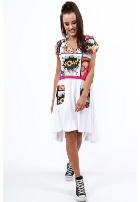 Biele šaty v komixovom štýle s polkruhový výstrihom