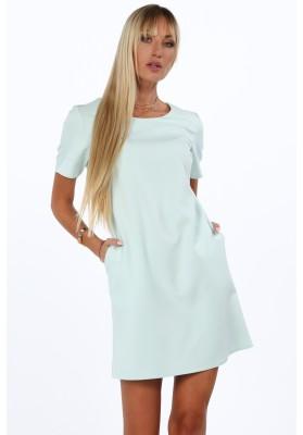 Elegantné šaty v klasickom štýle s polkruhovým výstrihom, pistáciové