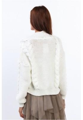 Dámsky bombový sveter s klasickým pleteným vzorom, krémový