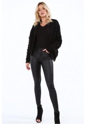 Štýlový, krátky sveter s dlhými rukávmi a nádherným vzorom, čierny