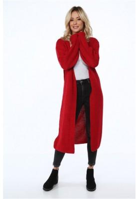 Teplý, voľný dámsky sveter v červenej farbe