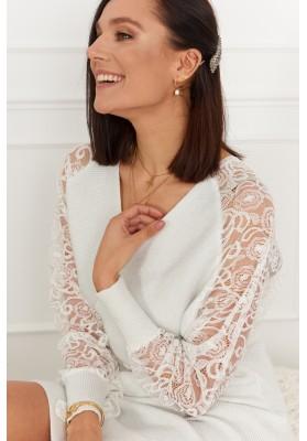 Elegantné šaty s čipkovanými rukávmi, biela