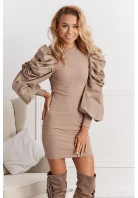 Pohodlné šaty s o zvonovým riaseným rukávom, hnedé