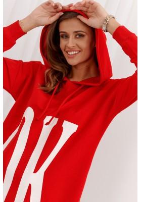 Neformálne moderné šaty s kapucňou, červené