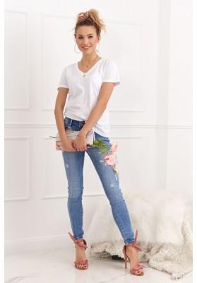 Nádherné rifľové nohavice s ozdobnými aplikáciami a odermi
