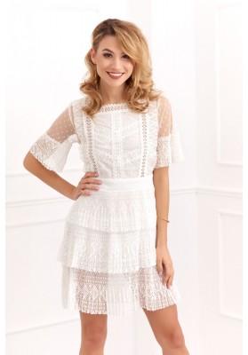 Transparentné, moderné, biele áčkové šaty s čipkovanými vsadeniami