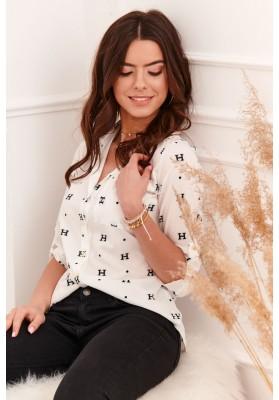 Klasická dámska košeľa s kontrastnými vzormi, krémová
