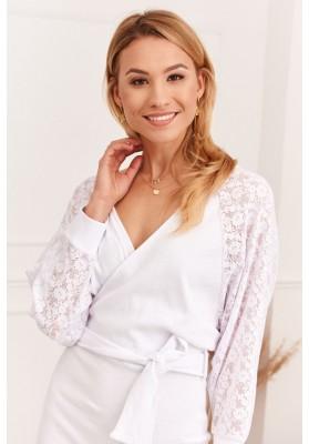 Elegantné šaty s priehľadnými, dlhými rukávmi, biele