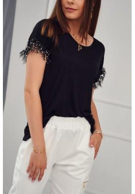 Predĺžené, čierne, moderné tričko s krátkym rukávom