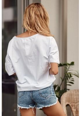 Štýlové tričko s prdeĺženými krátkymi rukávmi, biele