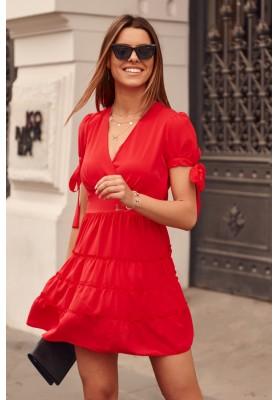 Nadčasové šaty s výstrihom a s krátkymi zviazanými rukávmi, červené