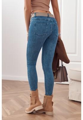 Nadčasové džínsy 7/8 dĺžky s úzkym strihom