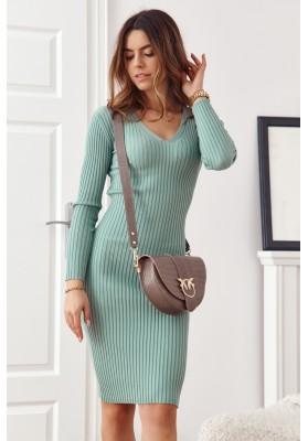 Vypasované, zelené, základné šaty s dlhými rukávmi