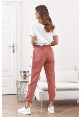 Voľné tepláky s elastickým pásom a šnúrkou na stiahnutie, ružové