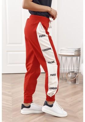 Voľné tepláky s elastickým pásom a šnúrkou na stiahnutie, červené