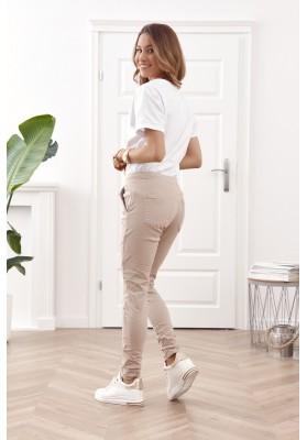 Moderné rifľové nohavice s elastickým pásom a viazaním na šnúrku