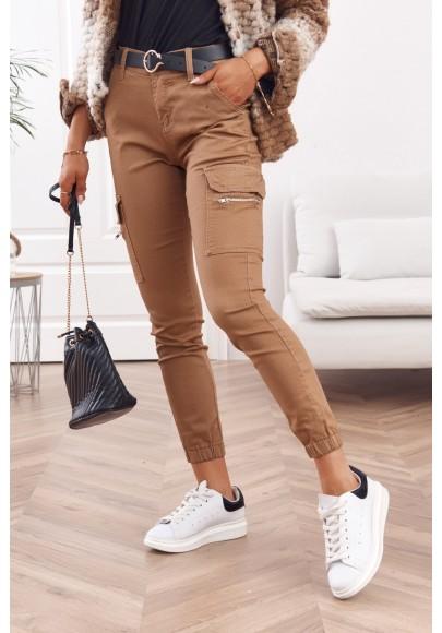 Moderné, dámske pohodlné nohavice so zapínaním na zips a gombík, hnedé