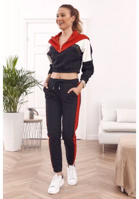 Pohodlná dámska tepláková súprava v kombinácii farieb, červená/čierna