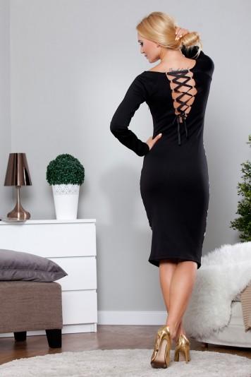 Čierne šaty s dlhým rukávom a potlačou
