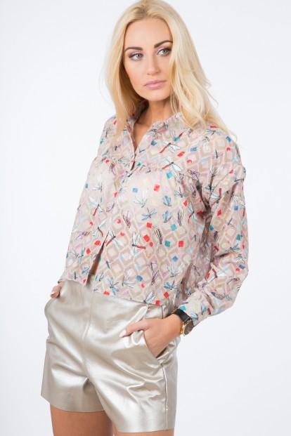 Trendy, vzdušná, vzorovaná, béžová košeľa.