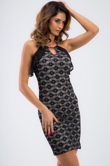 Elegantné, čierne, mini šaty s volánikmi.