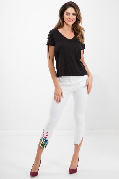 Biele, bavlnené nohavice v trendy štýle