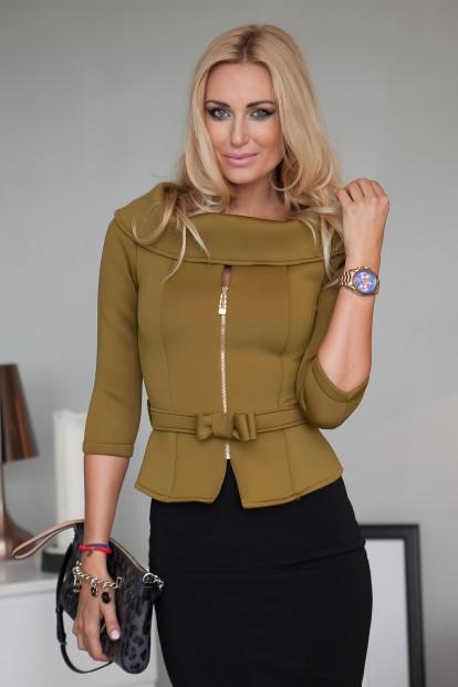 Trendy, zaujímavé olivové sako na zips s ¾ rukávmi.