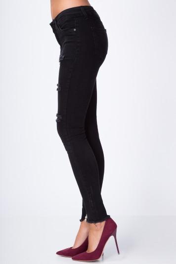 Bavlnené, čierne nohavice s dierami