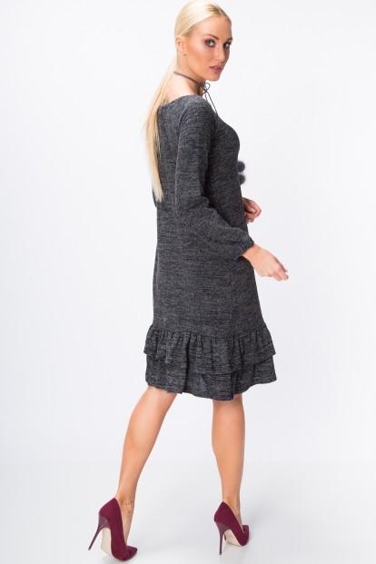 Šaty so zvonovou sukňou ozdobenou jemnými volánmi na spodnom okraji, šedé