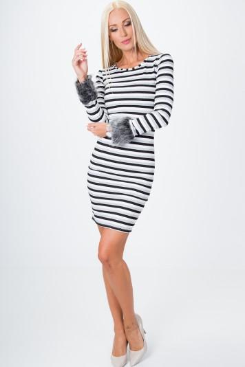 Pruhované šaty s kožušinou, čierna-biela-šedá