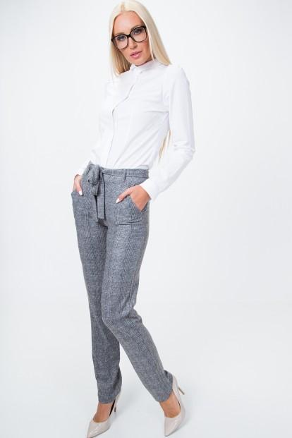 Kockované, pletené nohavice, sivé