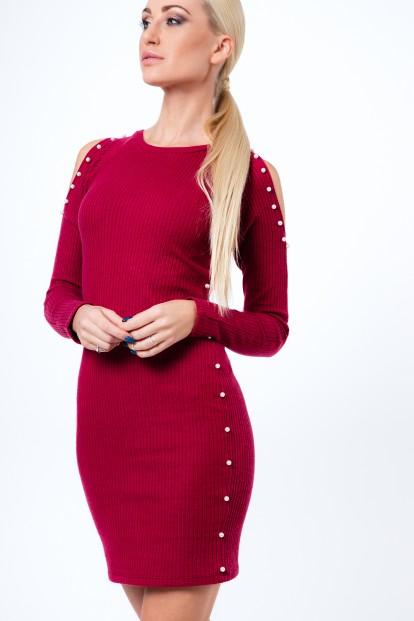 Šaty s perličkami z rebrovaného materiálu, bordové