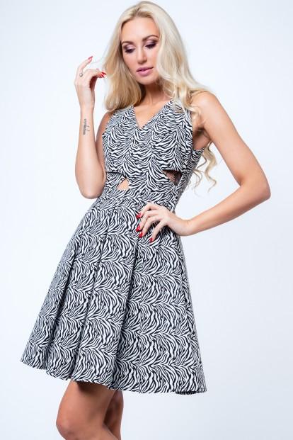 Čierno-biele dámske šaty s motívom