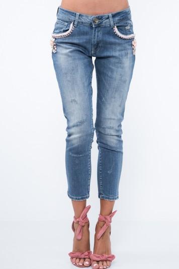 Moderné džínsy s ozdobenými vreckami