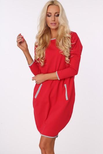 Šaty s trblietavými, striebornými detailmi , červené