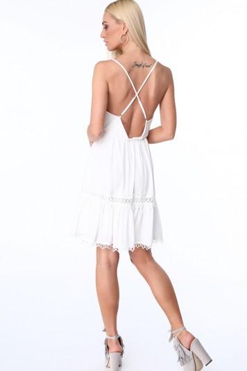Dámske šaty s tenkými ramienkami a hlbokým výstrihom, krémové