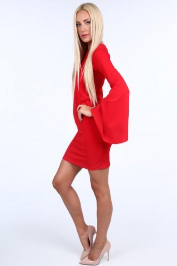 Červené dámske šaty s nadrozmernými rukávmi