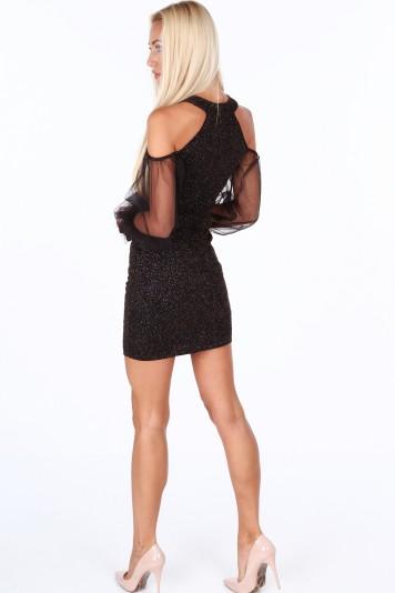 Čierno-zlaté elegantné dámske šaty s odhalenými ramenami
