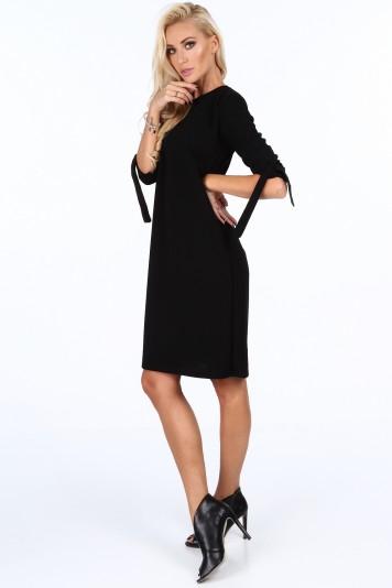 Čierne elegantne dámske šaty s mašľami na rukávoch