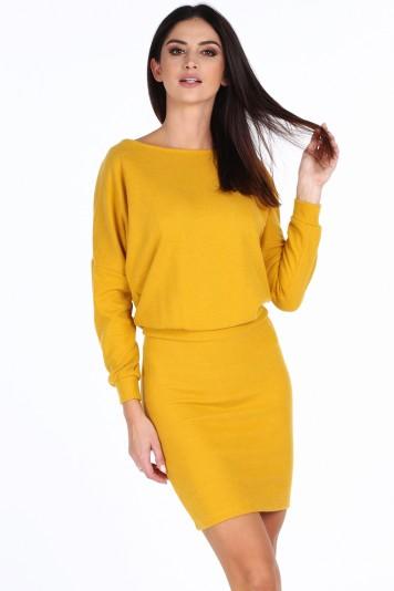 Žlté elegantné šaty s výstrihom v tvare V na chrbte