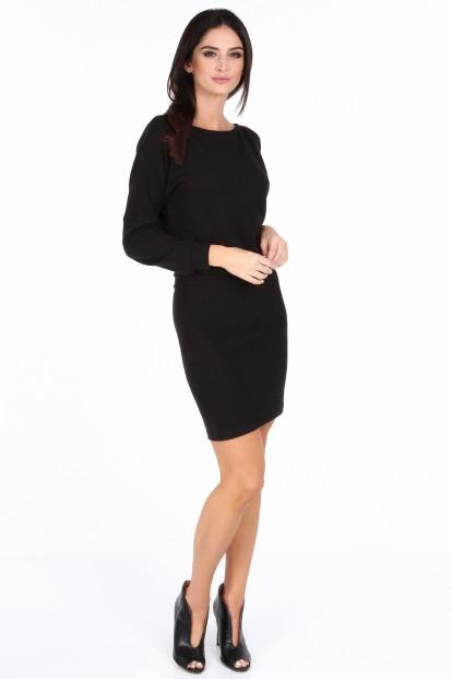 Čierne dámske elegantné šaty s V výstrihom na zadnej strane