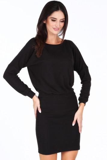 Čierne elegantné šaty s výstrihom v tvare V na chrbte