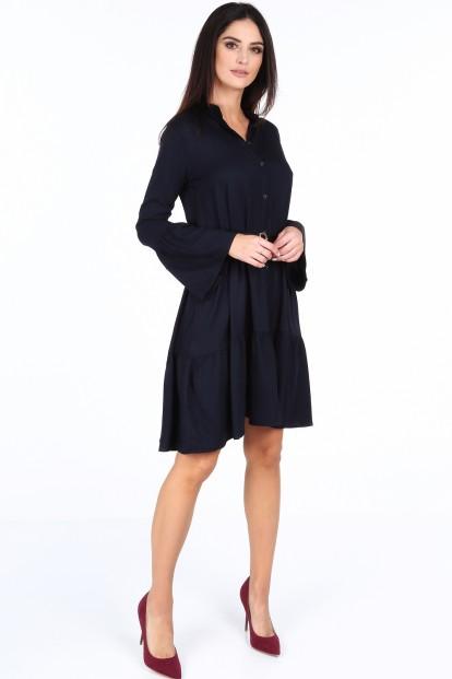 Tmavomodré elegantné šaty s volánmi na rukávoch
