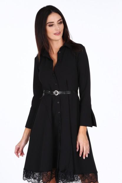 Čierne dámske šaty s jemnou čipkou na spodku