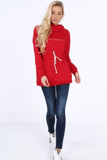 Červená športová mikina s vysokým stojacím golierom