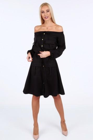 Čierne šaty s holými ramenami