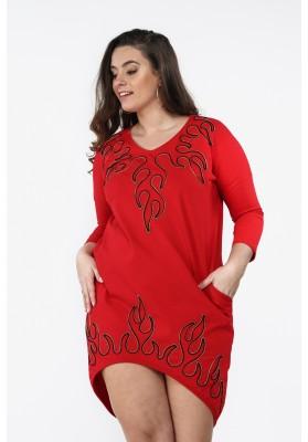 Sukienka Plus Size z aplikacją na co dzień czerwona B01