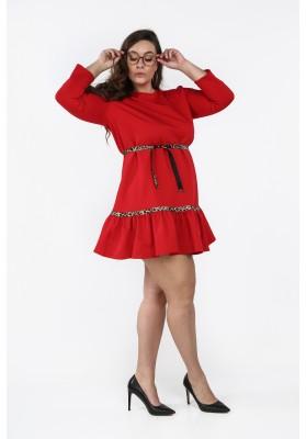 762ddaa786a8 Czerwona sukienka Plus Size z falbaną na co dzień B09