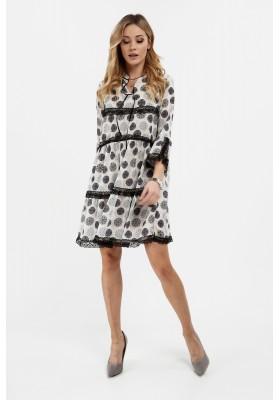 Zwiewna sukienka w atrakcyjne wzory kremowo-granatowa na co dzień 6324