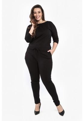 Czarny kombinezon Plus Size z ekspresem na plecach B19